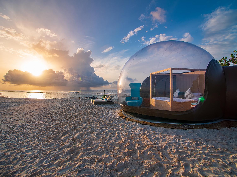 Finolhu-Maldives-launches-Beach-Bubble-Tent-web.jpg